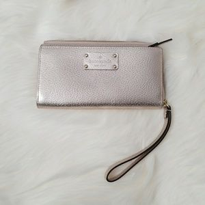 Authentic Kate Spade wristlet/wallet